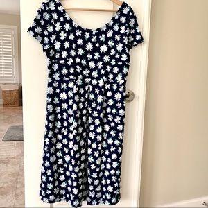 Old Navy's Maternity Fit & Flare Ponte-Knit Dress